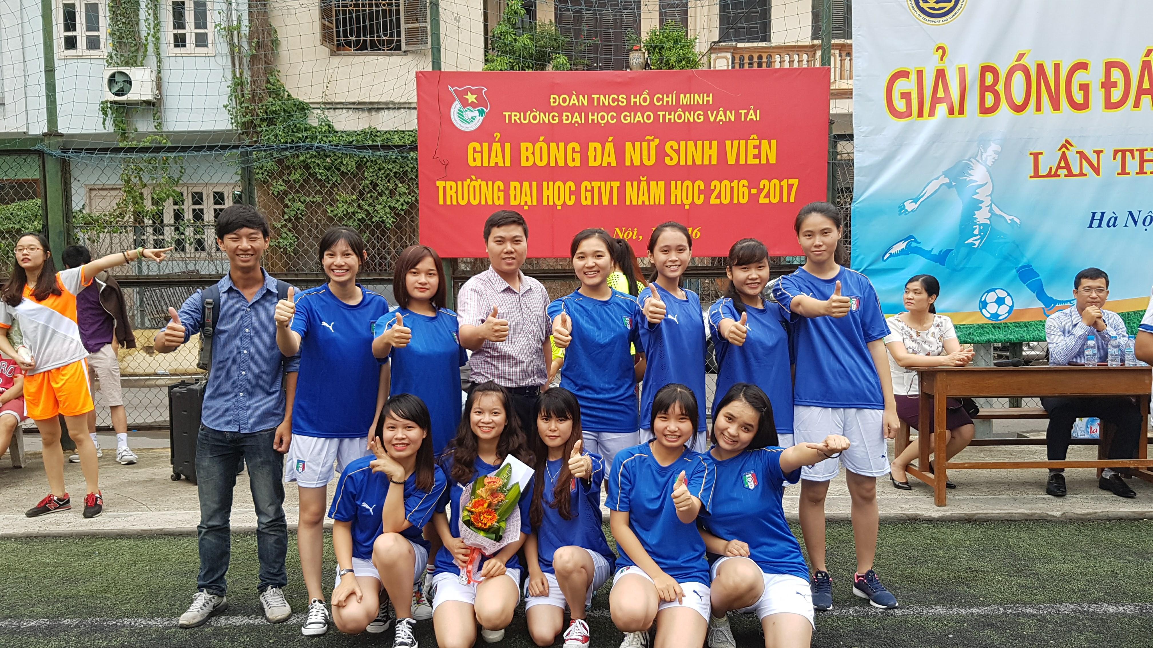 giải bóng đá nữ sinh viên Trường ĐHGTVT năm 2016_2
