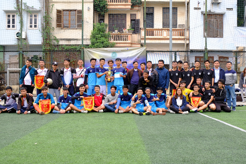 Bế mạc Giải bóng đá nam sinh viên Khoa CNTT Trường Đại học GTVT năm hocj2017-2018